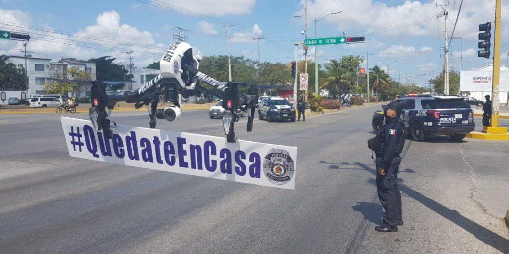Полиция Кинтана-Роо закроет проспекты в Канкуне, чтобы уменьшить трафик. Люди до сих пор не верят в коронавирус